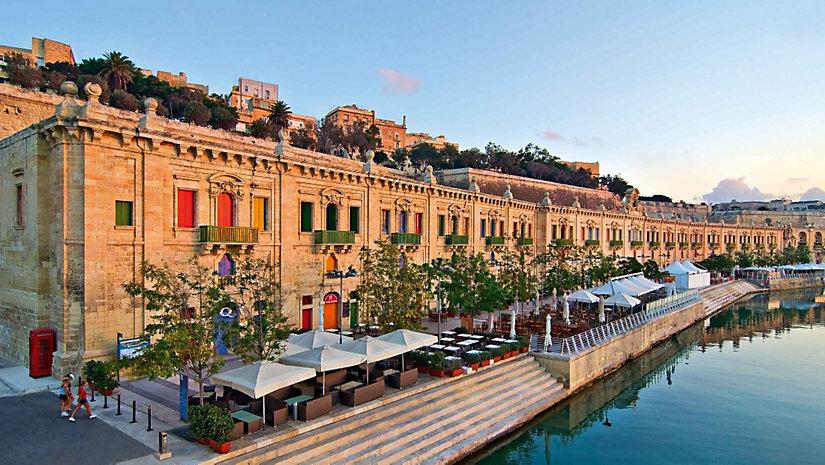 Merveilleuse Méditerranée en 10 jours au départ de Barcelone à bord du MSC Orchestra
